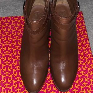 Tory Burch Brown Belted Logo Ankle Boots/Booties